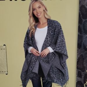 Woolrich Jackets & Coats - Woolrich Blanket Wrap Poncho